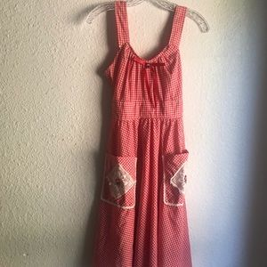 VINTAGE RED/WHITE PICNIC DRESS
